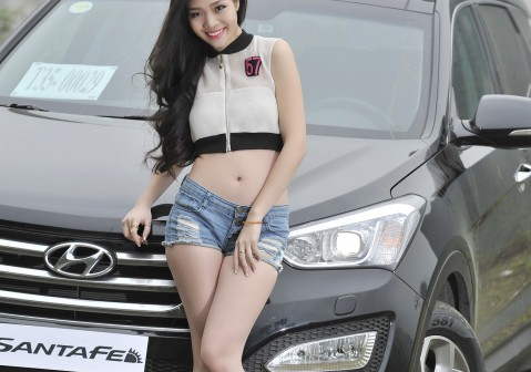model-santafe-tay-bac-4-1426784029